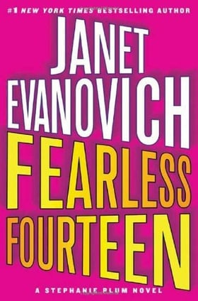 Fearless Fourteen (Stephanie Plum, Book 14)