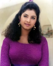 Divya Bharti Pictures And Photos