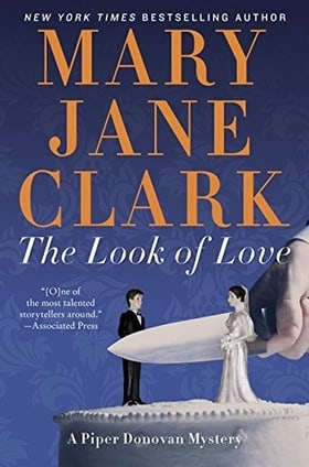 The Look of Love: A Piper Donovan Mystery (Wedding Cake Mysteries)
